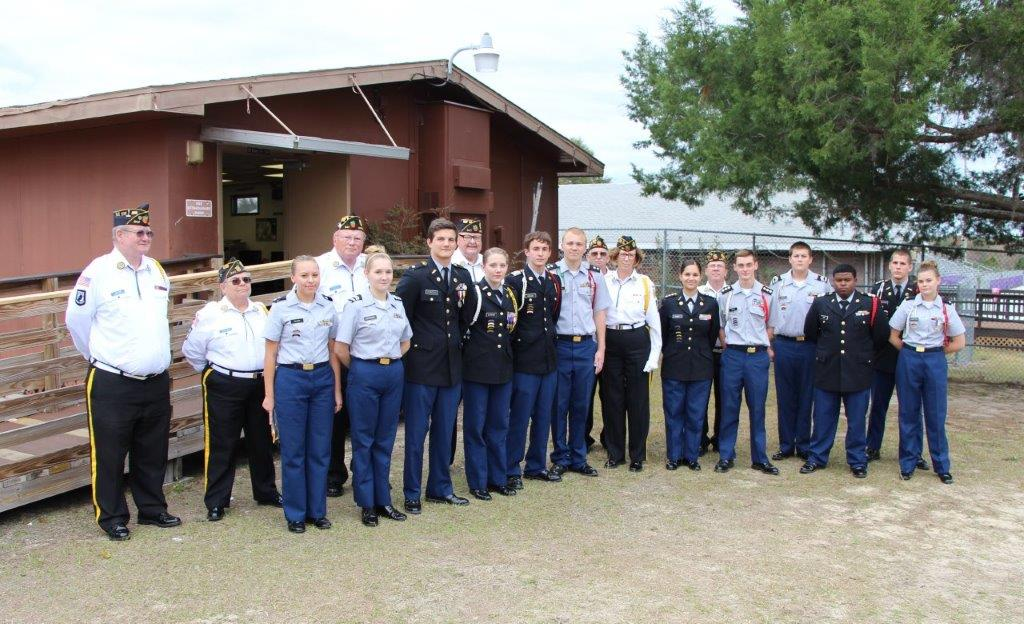 http://www.florida-legion.com/Images/Honor%20Guard%20Presentation%20To%20Lake%20Weir%20JROTC%20023(1).jpg