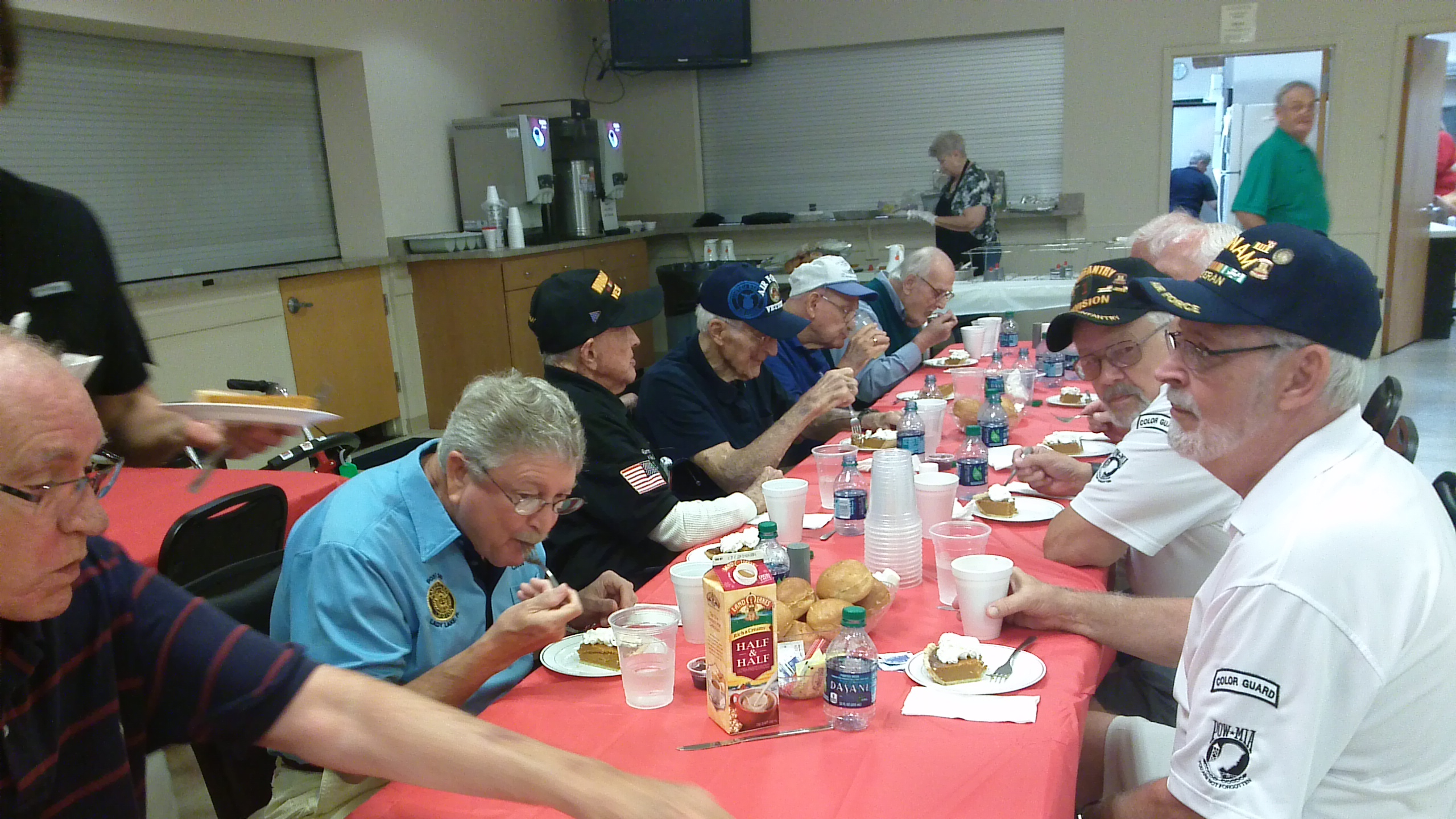 http://www.florida-legion.com/ww2lunch2.JPG